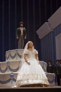 Elina Garanca en op de slagroomtaart Lawrence Brownlee (foto: Ken Howard/Metropolitan Opera).
