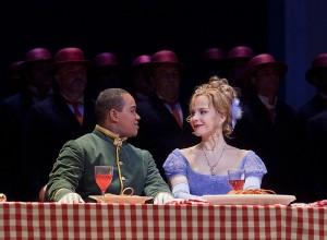 Lawrence Brownlee en Elina Garanca (foto: Ken Howard/Metropolitan Opera).