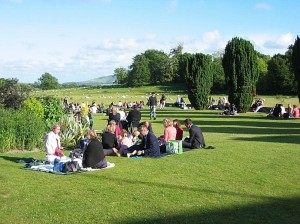 In smoking picknicken - typisch Glyndebourne (foto: Basia Jaworski).