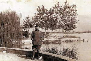 Puccini bij het Lago di Massociuccoli, vlakbij zijn woning in Torre del Lago (foto: Simonetta Puccini).