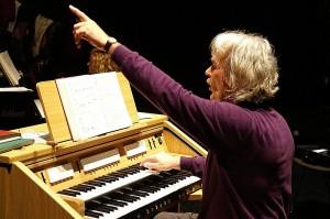 Dirigent Coen Ruivenkamp bij een eerder project.