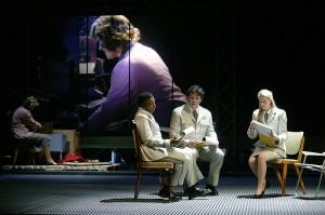 Een scène uit de wereldpremière van After Life in 2006 (foto: Hans van den Bogaard).