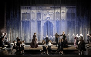 Scène uit de productie bij de opvoering in Parijs in 2008 (foto: Elizabeth Carecchio).