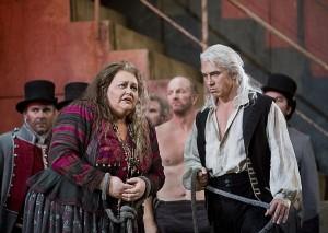 Stephanie Blythe en Dmitri Hvorostovsky in Il Trovatore (foto: Cory Weaver / San Francisco Opera).