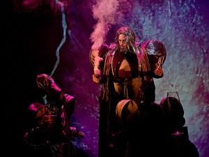 Niklaus Kost als de tovenaar (foto: Jurjen Stekelenburg).