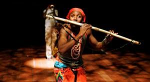 Scène uit The Magic Flute (foto: Nieuwe Luxor Theater).
