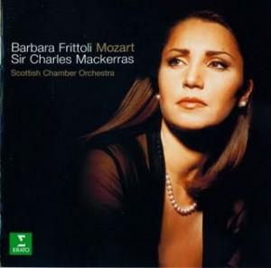 Frittoli op één van haar albums.
