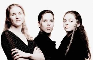 Karin Strobos, Daria van den Bercken en Felicia van den End (foto Marco Borggreve).