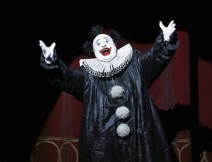 Scène uit Aix' eerste Rigoletto (foto: Patrick Berger / ArtcomArt).