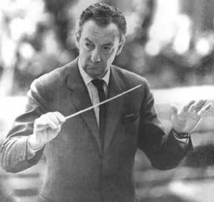 Benjamin Britten in actie.