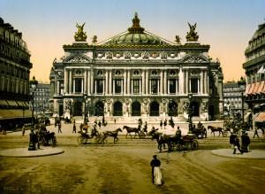 De Place de l'Opéra in Parijs in voorbije tijden: model voor wat nu al 5 jaar onder de url operamagazine.nl gaande is.