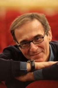 Maestro Evelino Pidò.