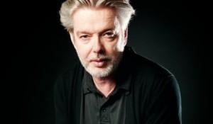 Maestro Jukka-Pekka Saraste (foto: Juha Ruuska).