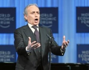 José Carreras gaf de afgelopen jaren enkel concerten, zoals hier in 2011 bij het World Economic Forum (foto: World Economic Forum).