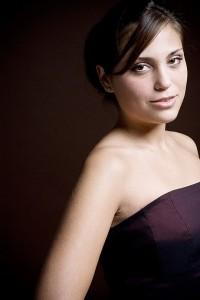 Aylin Sezer is één van de nieuwe solisten bij de Wiericker Opera (foto: Allard Willemse).