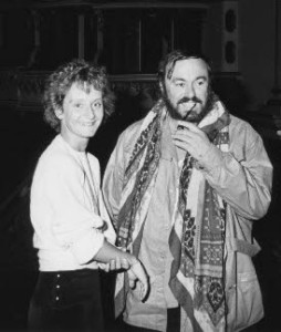 Nicoletta Olivieri met Luciano Pavarotti.