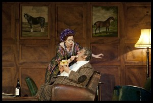 Scène uit Falstaff van De Nationale Opera (foto: BAUS).