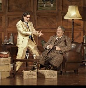 Massimo Cavalletti (links) met Ambrogio Maestri als Falstaff (foto: BAUS).