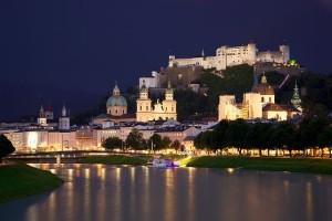 Salzburg huist iedere zomer één van de bekendste operafestivals (foto: Jiuguang Wang / CC BY-SA 3.0).