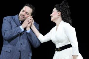 Bryan Hymel en Marina Rebeka in Guillaume Tell bij de Bayerische Staatsoper (foto: Wilfried Hösl).