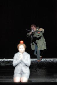 De 'appelschietscène' was in de regie van Nunes een misser (foto: Wilfried Hösl).