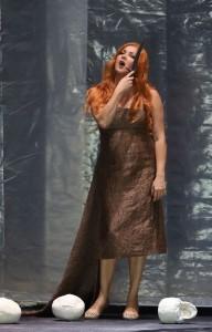 Anna Netrebko als Lady Macbeth (foto: Wilfried Hösl).