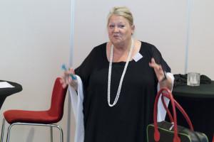Annett Andriesen bij een IVC-presentatie (foto: Dré de Man).
