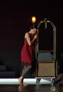 Lenneke Ruiten als Donna Anna in Salzburg (foto: Salzburger Festspiele / Michael Pöhn).