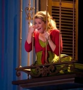 Joyce DiDonato als Rosina in Il barbiere di Siviglia (copyright foto: Catherine Ashmore / Royal Opera House).