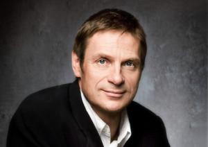 Bariton Simon Keenlyside (foto: Uwe Arens).