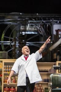 Dale Duesing als Sweeney Todd (copyright: Nederlandse Reisopera /  Marco Borggreve).
