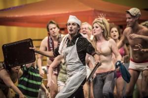 Scène uit Sweeney Todd (copyright: Marco Borggreve / Nederlandse Reisopera).