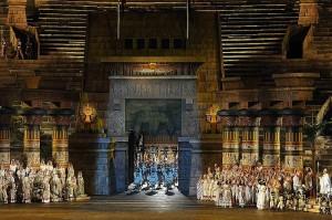 Scène uit Aida (foto: Maurizio Brenzoni / Arena di Verona).