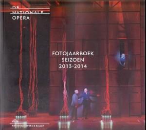 Het Fotojaarboek DNO 2013-2014.