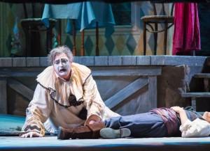 Scène uit Pagliacci van de Sarasota Opera (foto: Rod Millington).