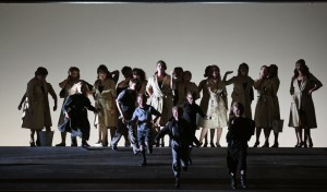 Scène uit Carmen (foto: Hans Jörg Michel / Theater St. Gallen).