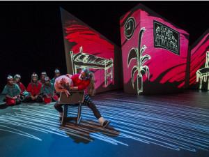 Scène uit Suikertantes (foto: Ben van Duin / Holland Opera).