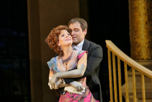 Kelli O'Hara en Alek Shrader in The Merry Widow (foto: Ken Howard / Metropolitan Opera).
