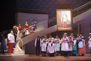 Scène uit L'auberge du cheval blanc (foto: Opéra Royal de Wallonie).