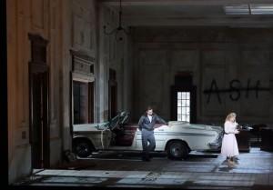 Scène uit Lucia di Lammermoor (foto: Wilfried Hösl).