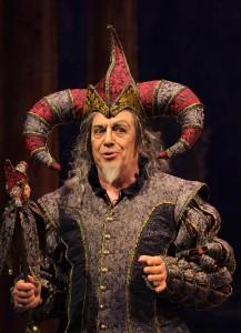 Leo Nucci als Rigoletto (foto: Jacky Croisier / Opéra Royal de Wallonie).