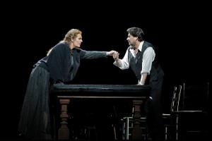Eva-Maria Westbroek en Marcelo Álvarez in Cavalleria rusticana (foto: Cory Weaver / Metropolitan Opera).