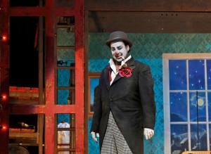 Marcel Álvarez in Pagliacci (foto: Cory Weaver / Metropolitan Opera).