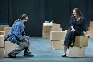 Tomislav Mužek als Erik en Ricarda Merbeth als Senta (foto: Bayreuther Festspiele / Enrico Nawrath).