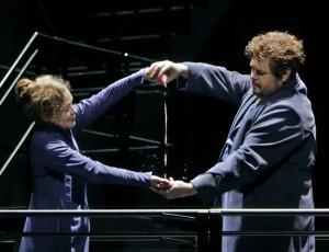 Scène uit Tristan und Isolde, de succesvolle nieuwe productie van Katharina Wagner (foto: Enrico Nawrath / Bayreuther Festspiele).