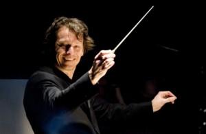 Marc Albrecht (foto: Monika Rittershaus).