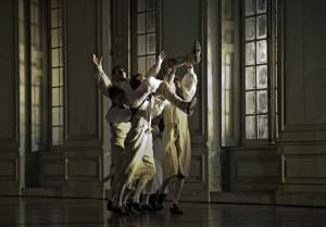 Scène uit Le nozze di Figaro (© Clive Barda / Royal Opera House).