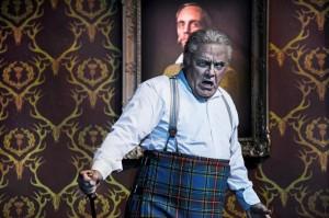 Paolo Gavanelli als Macbeth (© Toni Suter / T+T Fotografie).