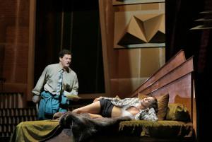 Scène uit Lulu (© Ken Howard / Metropolitan Opera).