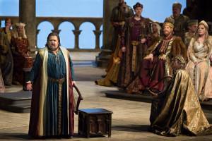 Scène uit Tannhäuser, met links Johan Botha (© Marty Sohl / Metropolitan Opera).